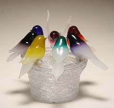 Pino Signoretto Murano art glass bird bath. Six colorful birds perch on the edge of the basin, the deep bowl with textured surface of applied clear trailing
