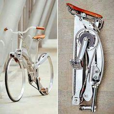 La gente de Sada logró diseñar una bicicleta a la que se le pueden quitar las ruedas. Una vez logrado esto, el marco logra plegarse hasta alcanzar el tamaño similar a un paraguas cerrado.