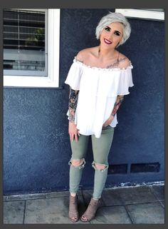 Rayahope pixie cut short hair Smokey eye Younique makeup haircut ideas pixie ideas short hair ideas spring outfit
