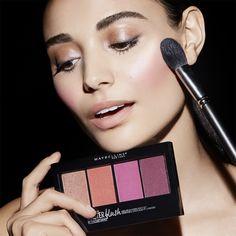 Get your perfect blush look using Maybelline Master Blush Palette. Use the individual blush shades on their own or mix them to create your own custom blush look! Use the highlighter shade to accentuate cheekbones and add a glow to your look. Maybelline Makeup, Highlighter Makeup, Makeup Kit, Beauty Makeup, Face Makeup, Blush Brush, Colored Highlights, Blush Color, Beauty