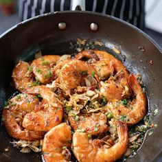 In this household of hungry foodies, it is always a challenge whipping up meals daily. However, this Best Soy Glazed Garlic Shrimp has been making heavy rotation on our weeknight dinners. Healthy Eating Tips, Clean Eating Snacks, Healthy Recipes, Seafood Recipes, Cooking Recipes, Garlic Shrimp Recipes, Gluten Free Puff Pastry, Crispy Pork, Shrimp Dishes