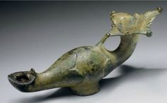 A ROMAN BRONZE OIL LAMP -  CIRCA 2ND-3RD CENTURY A.D. | Christie's