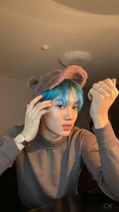 """""""Let's talk about pretty boys, specifically this one. Exo Kai, Chanyeol, Kdrama, Rapper, Exo Lockscreen, Xiuchen, Kim Minseok, Kpop Exo, Kaisoo"""