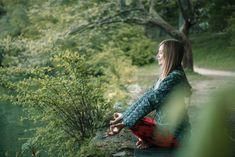 Meditating by the lake By microgen¡¯s photos , Lotus Position, Lake Photos, Outdoor Yoga, Life Design, Kayaking, Cool Photos, Meditation, Spirituality, Photoshoot