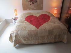Cool bed cover heart