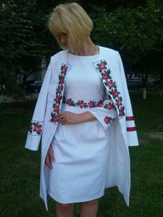 Slavic influence ♥ embroidered outfit // matching coat and dress Mexican Fashion, Folk Fashion, Womens Fashion, Fashion News, Mexican Dresses, Embroidered Clothes, Jackets For Women, Clothes For Women, Urban Dresses