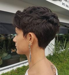 Women's Short Textured Tapered Cut You are in the right place about curly hair cuts pixie Here we of Short Layered Haircuts, Best Short Haircuts, Short Hairstyles For Women, Layered Hairstyles, Pixie Cut Back, Short Hair Cuts For Women Pixie, Brown Hairstyles, Medium Haircuts, Hairstyles Haircuts