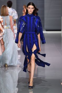 Ralph & Russo Spring 2018 RTW - Fashion Style Mag