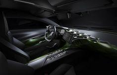 Das Lenkrad ist aus Aluminium, das aus dem Vollen gefräst und mit Kupfer überzogen ist. Bild: Citroën / press-inform