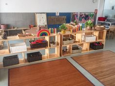 I like how open both sides of the shelves are. It invites the children to use it anywhere and not in a specific spot. Reggio Classroom, Classroom Layout, Classroom Setting, Classroom Design, Classroom Decor, Reggio Emilia, Preschool Layout, Preschool Rooms, Montessori Room