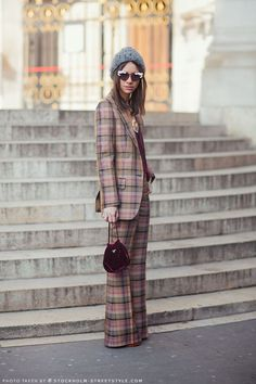 Stockholm Street Style: Natasha Goldenberg I love tartan . Fall Fashion Trends, Fashion Week, Look Fashion, 90s Fashion, Runway Fashion, Paris Fashion, Autumn Fashion, Fashion Guide, Fall Trends