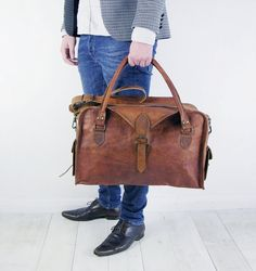 The Vagabond 30: Vintage style brown leather holdall duffel weekend bag carry on flight luggage unisex mens
