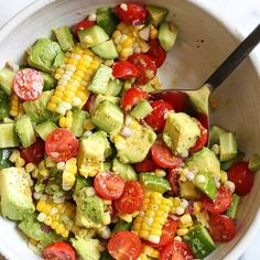 This Corn Tomato Avocado Salad is summer in a bowl! The perfect side dish with a… This Corn Tomato Avocado Salad is summer in a bowl! The perfect side dish with anything you're grilling, or double the portion as a main dish. Skinny Taste, Grilled Corn Salad, Roasted Corn Salad, Ham Salad, Fruit Salad, Cobb Salad, Whole Food Recipes, Cooking Recipes, Avocado Dessert