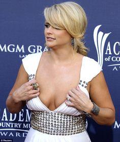 Miranda Lambert Wins Big At ACMs — Takes Homes 3 Awards