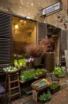 The Florist Shop - Stockholm Deco Cafe, Shop Facade, Shop Fronts, Garden Shop, Flower Market, Flower Shops, Store Design, Porches, Coffee Shop