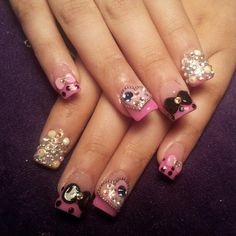 Love these 3d nails