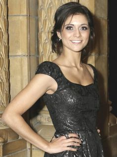 Lucy Verasamy presents the weather Itv Weather Girl, Weather Girl Lucy, Hottest Weather Girls, Kirsty Gallacher, Tv Girls, Tv Presenters, Famous Women, Famous People, Celebs