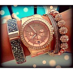 Love this wrist watch with matching bracelets! Absolutely beautiful in rose gold!! #MallyTrends Michael Kors Bag, Handbags Michael Kors, Michael Kors Watch, Mk Handbags, Henri Bendel, Jewelry Box, Jewelry Watches, Jewellery, Jewelry 2014