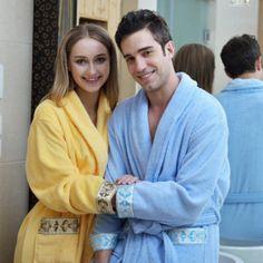 Peignoir bleu et jaune en coton pour couple