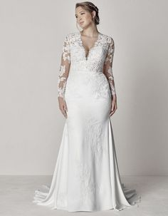 EVA PLUS by PRONOVIAS | CURVE FIT AND FLARE WEDDING DRESS