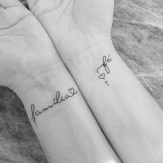 Frases lindas: Familia y Fe - Tattoos Mini Tattoos, Wrist Tattoos, Love Tattoos, Beautiful Tattoos, New Tattoos, Body Art Tattoos, Tattoos For Women, Tatoos, Temporary Tattoos