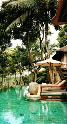Experience the healing benefits of a local spring that provides water for the Como Shambhala Estate in Bali. Relax in infinity pools or challenge yourself with the inspiring and exotic Jungle Gym.