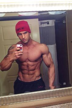 ‎Musclr - Gay Muscle Dating on the App Store