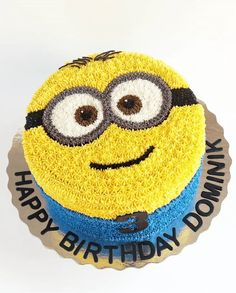 Minions Birthday Theme, 17 Birthday Cake, Minion Party, Cake Designs For Kids, Cake Designs Images, Cake Decorating Designs, Fondant Minions, Cake Minion, Minion Cake Decorations