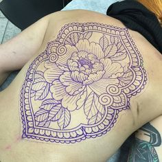 Search inspiration for an Ornamental tattoo. Geometric Tattoo Back, Geometric Tattoo Design, Mandala Tattoo Design, Tattoo Designs, Forearm Tattoos, Sexy Tattoos, Sleeve Tattoos, Tattoos For Women, Piercings