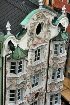 Look At This Detail!!    The Helbling House in Innsbruck, Austria