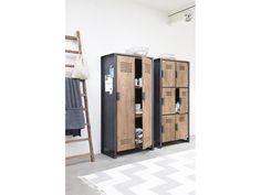 Cool Schrank im Industriedesign Kleiderschrank mit sechs T ren aus Metall und Holz Breite cm