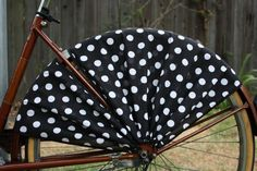 Adorable! Frill Ride Itsy Bitsy Black Bicycle Skirt Guard