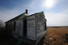 house in bulwark alberta Ghost Towns, Roots, Explore, House, Home Decor, Homemade Home Decor, Home, Haus, Decoration Home