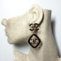 Authentic Chanel 1993 Vintage Black Enamel CC Drop Earrings Black Enamel, Black Gold, Chanel Earrings, Drop Earrings, Chanel Designer, Chanel Black, Vintage Chanel, Designer Earrings, Vintage Black