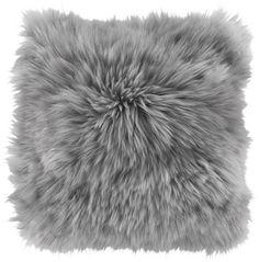 Flauschig weiches Zierkissen in Silbergrau - gemütlich und kuschelig