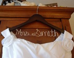 Bridal hanger, Personalized Bridal Dress Hanger one line, Maid of Honor Hanger, Bridesmaid Hanger