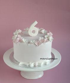 Marsispossu: Kukkakakku 6-vuotiaalle, Flower cake