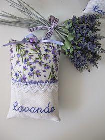 MI RINCON DE COSTURA: SAQUITOS DE LAVANDA Lavender Crafts, Lavender Wreath, Lavender Bags, Lavender Sachets, Lavander, Hand Sewing Projects, Diy Projects To Try, Sewing Crafts, Scented Sachets
