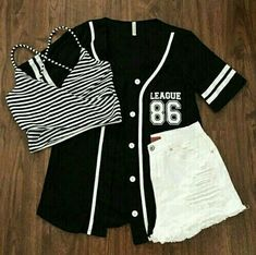 Party Outfit Black And White Teen Fashion Super Ideas Teen Fashion Outfits, Cute Fashion, Outfits For Teens, Girl Outfits, Fashion Fashion, Preteen Fashion, School Outfits, Winter Fashion, Fashion Trends