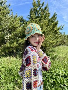 Kpop Girl Groups, Korean Girl Groups, Kpop Girls, Seulgi, Crochet Cardigan, Crochet Hats, Crochet Ideas, Joy Rv, Bae