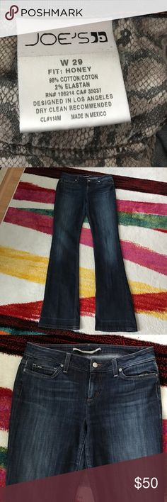 Joe's jeans size 29 honey fit Joes jeans bottoms were previously hemmed and you can see a line Joe's Jeans Jeans Straight Leg