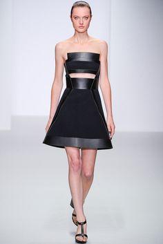 David Koma -  Pasarela London Fashion Week S/S 2014