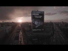 Samsung has a building-size Galaxy S7 Edge billboard in Russia