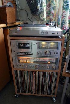 HiFi, old school setup// Vintage Records, Vintage Music, Radios, Retro, Hi Fi System, Audio Room, Music System, Record Players, Phonograph