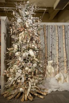 ❤COTP & R, tons & tons of ideas on everything related to Christmas!!❤ Winter Woodlands Tree 1