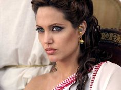 "New Angelina Jolie | Angelina Jolie as Queen Olympia in ""Alexander"""
