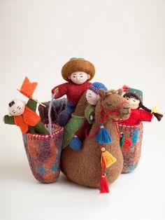 Erkebu, Kyrgyzstan, Felt, Dolls, Home Decor Needle Felted Animals, Felt Animals, Needle Felting, Camel Craft, Felt Kids, Clothespin Dolls, Wool Art, Felt Patterns, Sewing Art