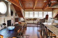 """Can you imagine living in a barn? Check out this incredibly beautiful apartment housed above an equestrian barn and I guarantee you""""ll see barn-living in a diff… Barn Loft Apartment, Garage Apartment Interior, Above Garage Apartment, Garage Apartments, Small Apartments, Apartment Living, Apartment Ideas, Studio Apartment, Apartment Layout"""