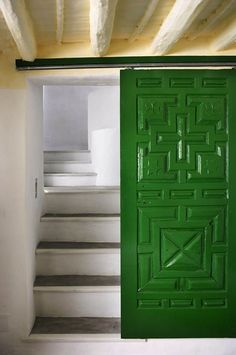 Pantone Color | Emerald Green | 2013 | Design