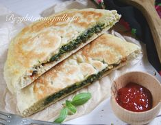 Spanakopita, Sandwiches, Vegan Recipes, Clean Eating, Rolls, Food And Drink, Gluten Free, Bread, Cooking